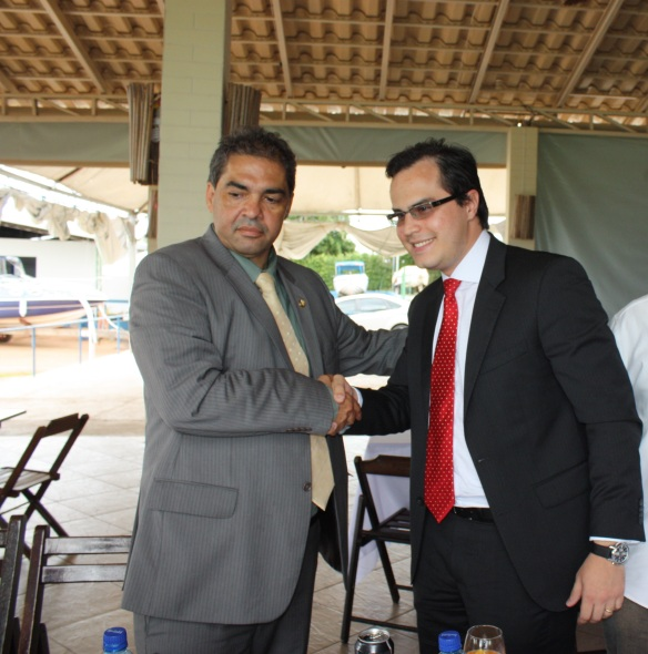Senador Hélio José e Marcus Vinícius.